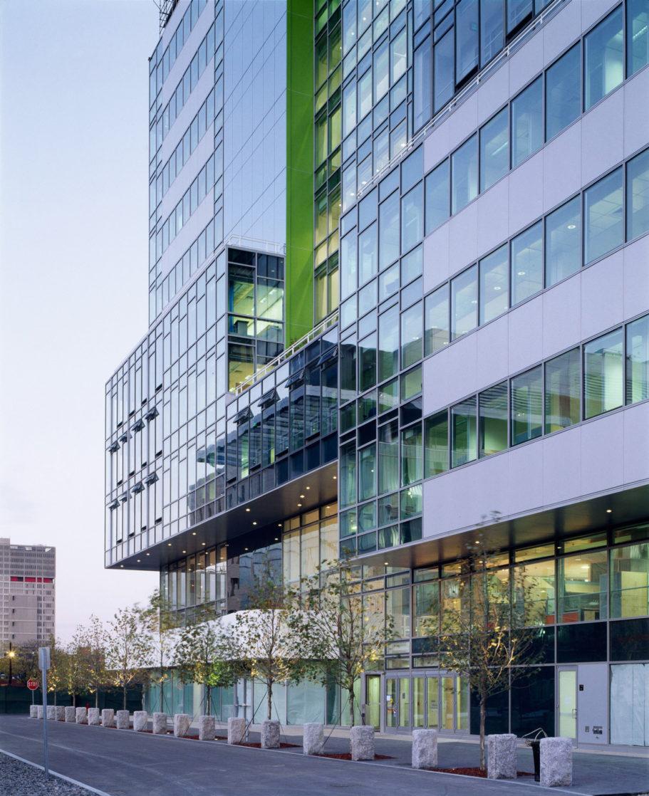 Genzyme corporation headquarters house robertson - Behnisch architekten boston ...